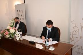 Grad Trogir potpisao ugovor s APN-om: uskoro izgradnja POS-ovih stanova u Planom