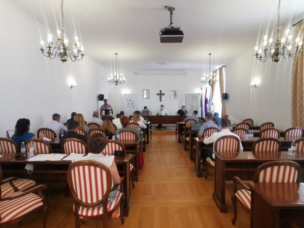 Sjednica Gradskog vijeća u Trogiru: usvojen rebalans proračuna, brodska linija Čiovo-Trogir za vrijeme obnove mosta